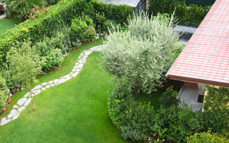terraces-and-small-garden-design