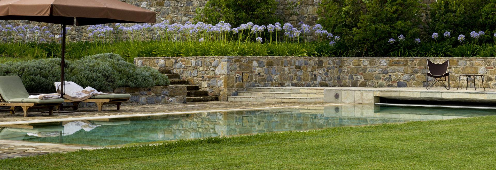 Giardini Con Piscina Realizzazione Giardini Mati 1909